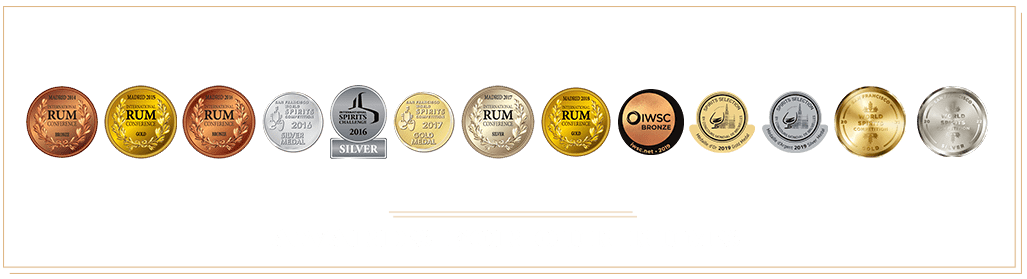 AWARDS FOR OUR RUMS-min